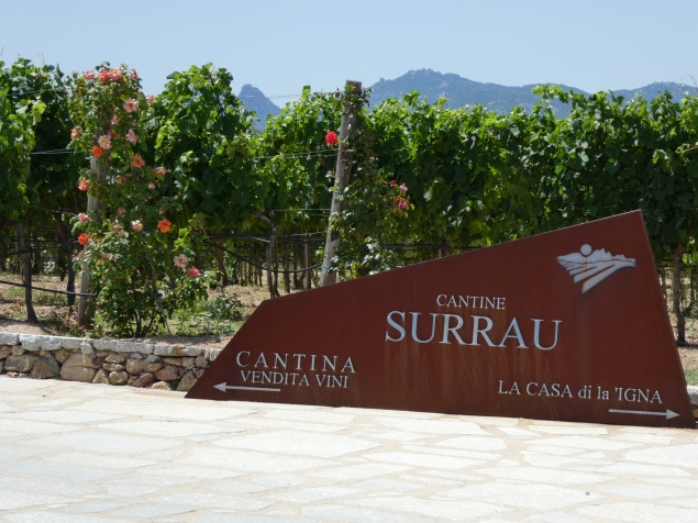 Cantine Surrau entrance