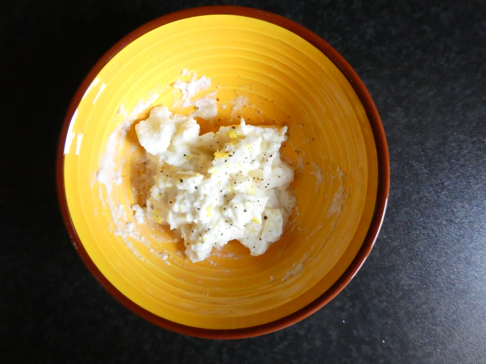 Ricotta with lemon