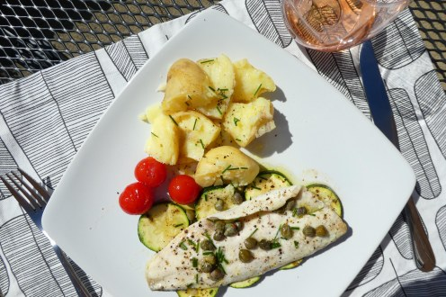 Sea bass fillets with roasted reg