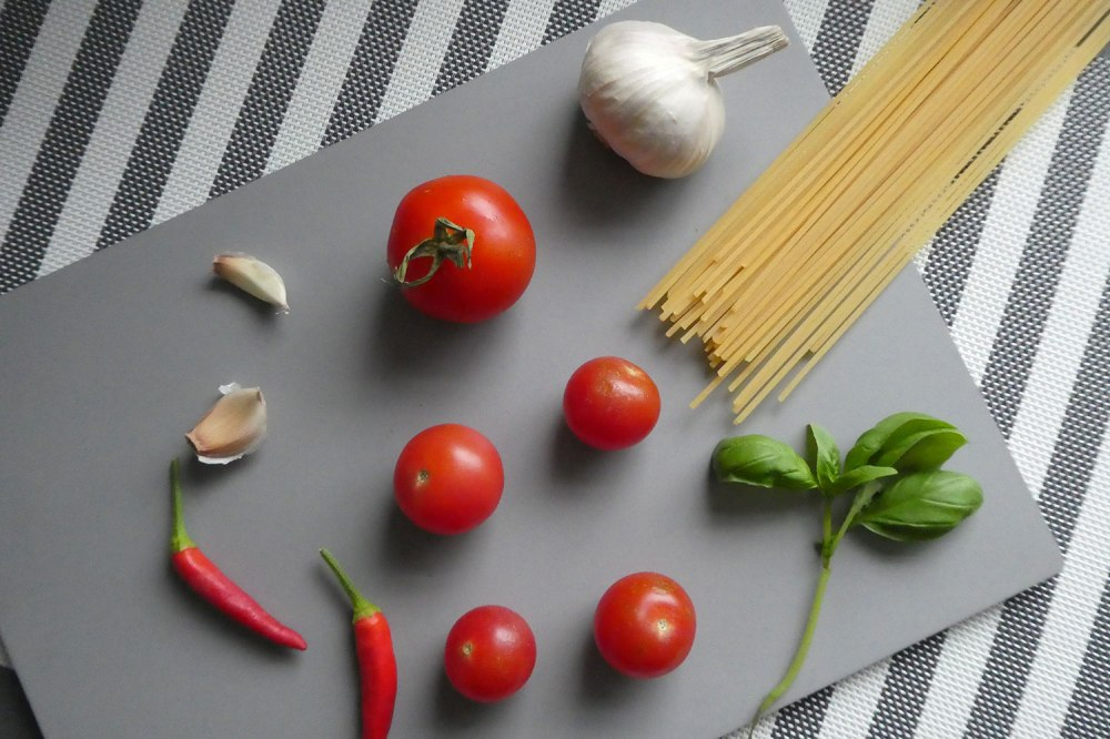 Ingredients for spaghetti with chilli and tomato